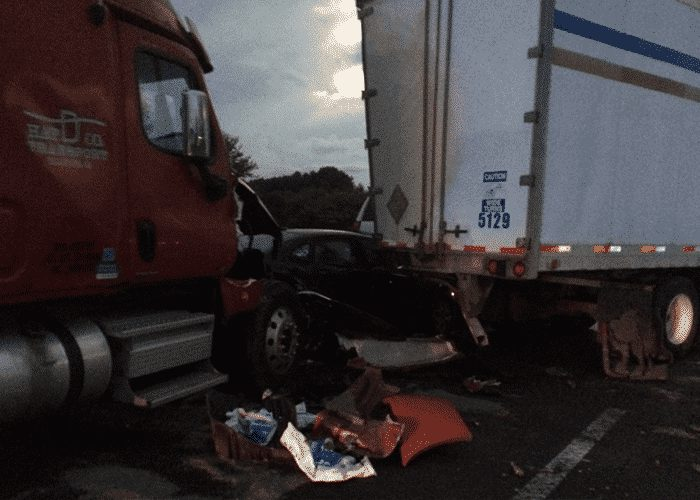 No Deaths In 35 Vehicle Chain Reaction Crash On Virginia's I-81