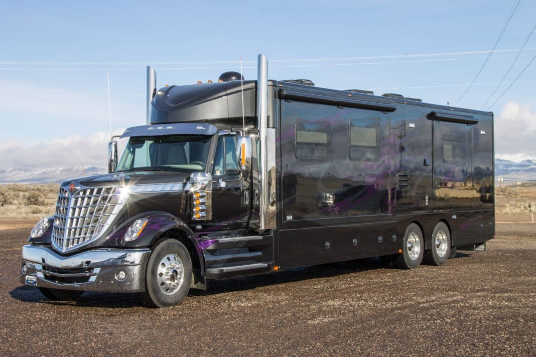 VIDEO: RV On A Semi Chassis